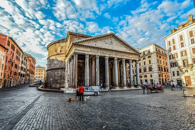 vieraile pantheonissa